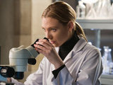 Fringe S03E17 &#39;Stowaway&#39;: Olivia