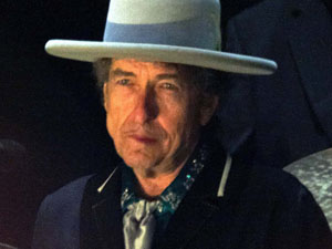Bob Dylan to receive Medal of Freedom from Barack Obama - Music News ...