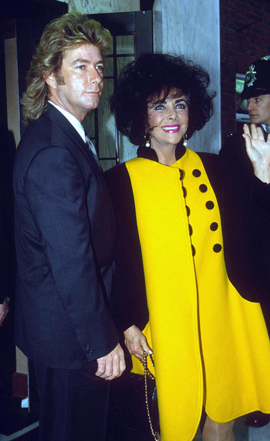 Larry Fortensky marries Liz Taylor