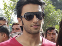 Ram-Leela star Ranveer Singh's beard removed by actor Arjun Kapoor.