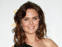 Emily Deschanel likens pregnancy to the movie Alien.