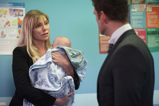 Ronnie tells Jack he deserves better and she is going to put everything right.