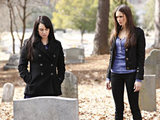 The Vampire Diaries S02E17 &#39;Know Thy Enemy&#39;: Isobel and Elena