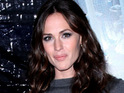 "Jennifer Garner jokes that she became ""very familiar"" with Russell Brand's body filming Arthur."
