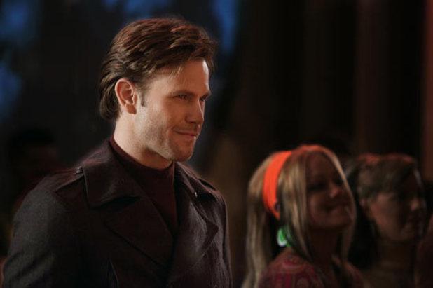 The Vampire Diaries S02E20 'The Last Dance': Alaric