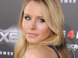 Kristen Bell crops up in a brief 'Scream 4' cameo...
