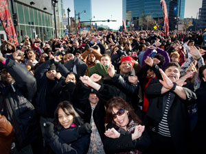 The X-Factor USA: NJ Auditions: Crowd