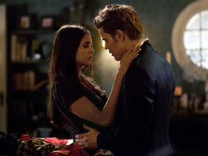 The Vampire Diaries: S02E20 - Elena and Stefan