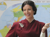 Glee S02E17 'Night of Neglect': Holly Holiday dresses up in costume to teach a history lesson.
