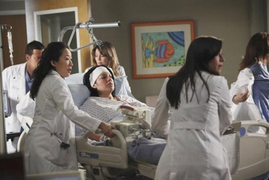 Grey's Anatomy S07E19: 'It's a Long Way Back'