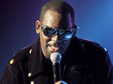R Kelly performing at Manchester O2 Apollo Theatre