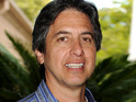 Ray Romano denies rumors that he is replacing Steve Carell on The Office.