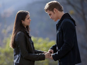 The Vampire Diaries S02E20 'The Last Day': Elena and Stefan