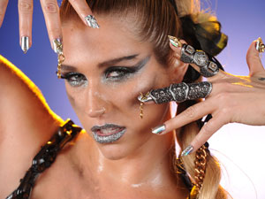 Singer Kesha