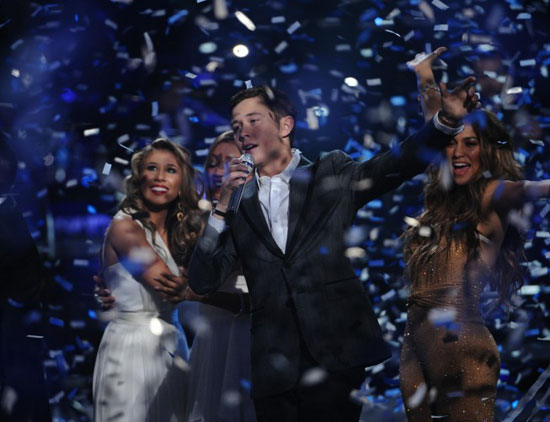 Scotty McCreery celebrates