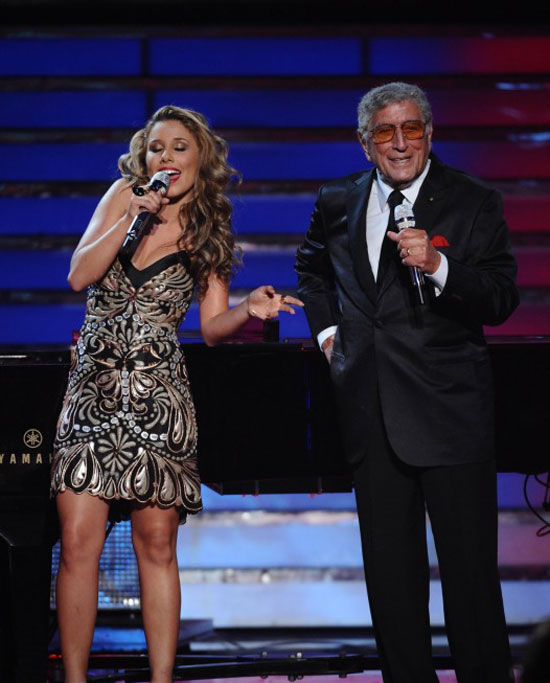 Finalist Hayley Reinhart performs with guest Tony Bennett