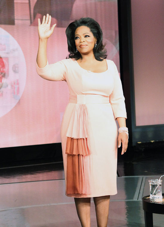 Oprah Winfrey waves as her show taped for the last time