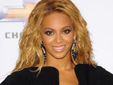 Beyonce arrives at the Billboard Awards 2011