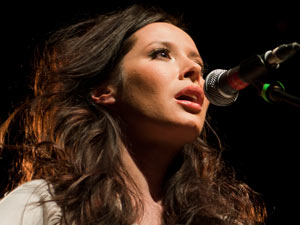 Nerina Pallot announces new EP 'Lonely Valentine Club', UK tour ...