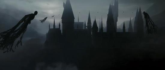Dementors approach Hogwarts.