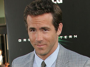 Ryan Reynolds at the Los Angeles Premiere of 'The Green Lantern'