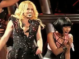 Britney Spears and Nicki Minaj perform together