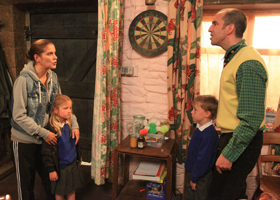 Rachel barges into the Dingles and accuses Samson of bullying