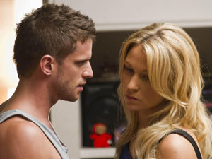 Dan Ewing ((Heath Braxton) and Lisa Gormley (Bianca Scott)
