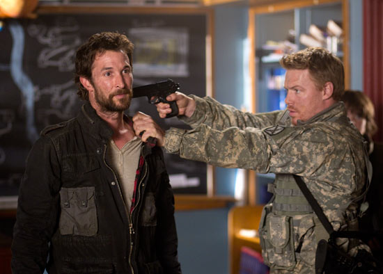 Falling Skies S01E09-10 - 'Eight Hours'