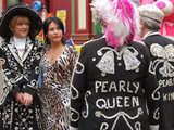 Kat stands by Jean in her quest to be Pearly Queen.