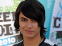 Twilight's Kiowa Gordon is arrested by Arizona police when they discover he has two outstanding warrants.