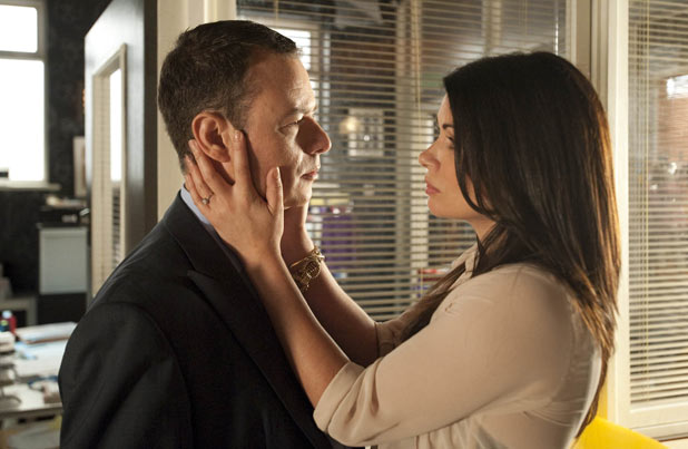 Carla Connor (Alison King) tells Frank Foster (Andrew Lancel) she can't marry him