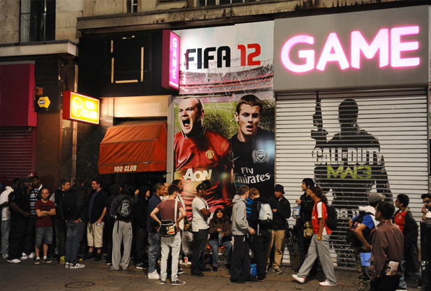 FIFA 12 midnight launch