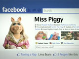 Miss Piggy Facebook 'fan-a-thon' campaign