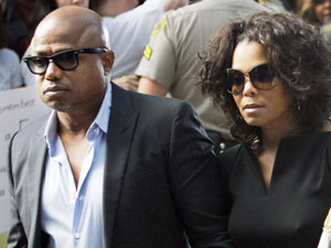 Randy and Janet Jackson at the trial of Conrad Murray