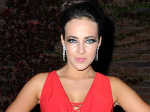 Stephanie Davis (Sinead O'Connor)