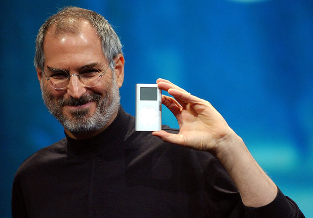 Steve Jobs displays the iPod mini