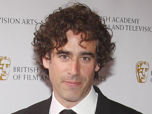 Stephen Mangan