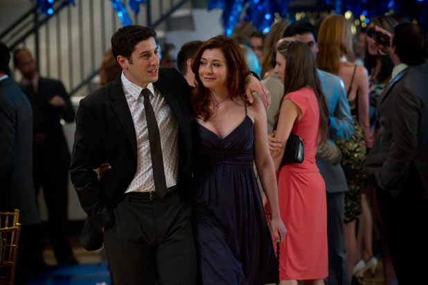 Jim and Michelle (Alyson Hannigan)