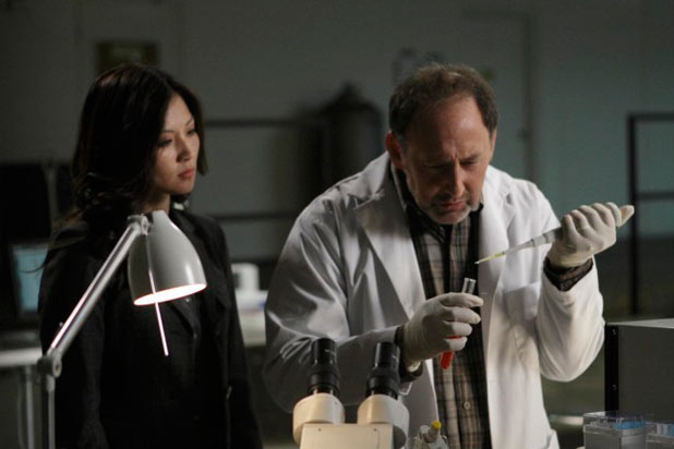 Fringe S04E05 - 'Novation'