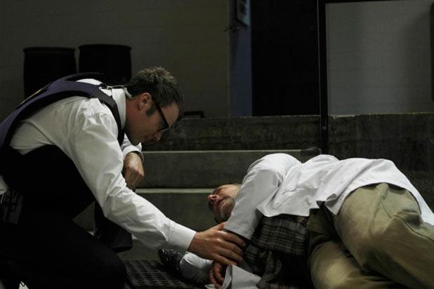 Lincoln (Seth Gabel), Malcolm Truss (Arye Gross)