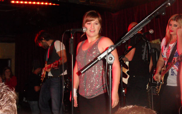 Kelly Clarkson's London fan gig