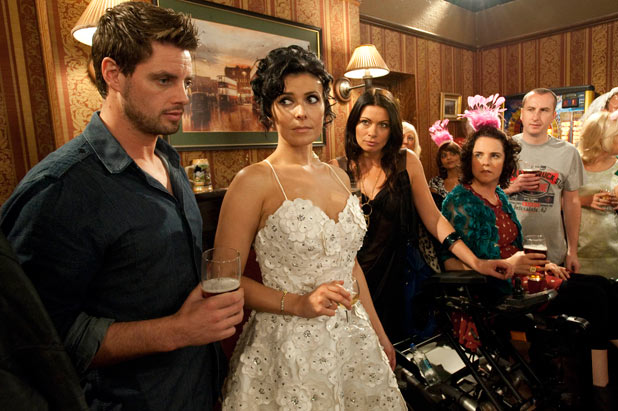 Michelle tells her hen friends the wedding is off and she and Ciaran are leaving