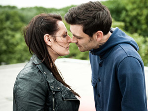 Seth (Matthew McNulty) and Kelly (Lauren Socha)