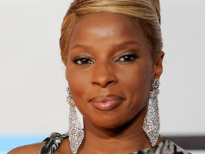 AMAs 2011 Arrivals: Mary J. Blige