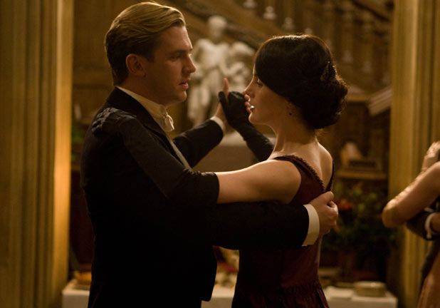 Downton Abbey: Mary and Matthew share a dance