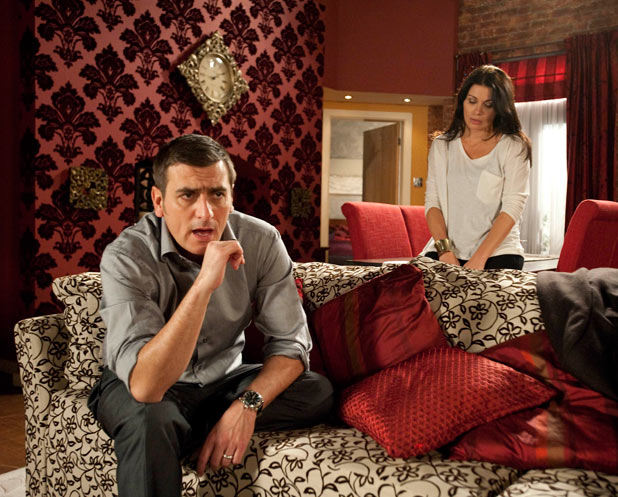 Peter assures Carla he loves her but can't bring himself to destroy Leanne's life