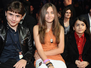 'X Factor' Top 7 performances in pictures: Michael Jackson's children, Prince, Paris and Blanket