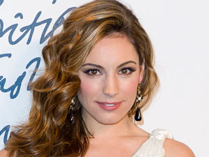 British Fashion Awards 2011: Kelly Brook