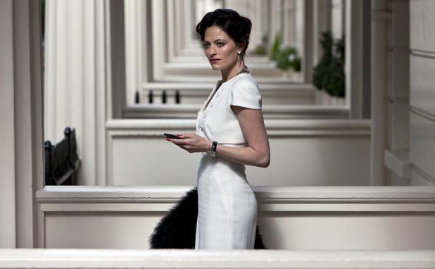 Irene Adler (LARA PULVER) Sherlock